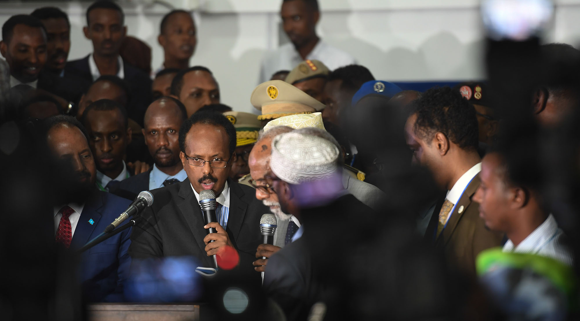 The new president of Somalia Mohamed Abdullahi Farmajo is sworn in after he was declared the winner of the presidential election held at the Mogadishu Airport hangar in Mogadishu on February 8, 2017